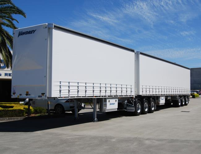 MC Linehaul Drivers needed for changeover drivers with DG Licence