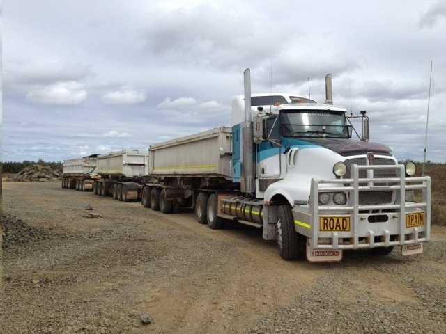 Road Train - Exp in Side Tipper & Outback Dirt Roads