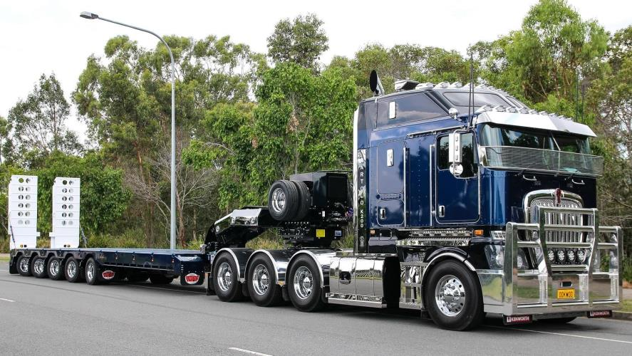 Heavy Haulage Float Driver - Asphalt Plant Equipment