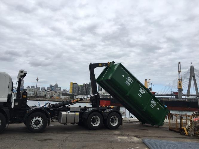 DRIVER WANTED - Morrell & Hook Bins