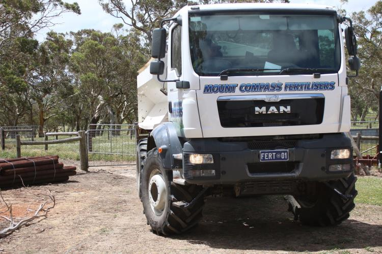 HC spreader driver required   MOUNT COMPASS, SA