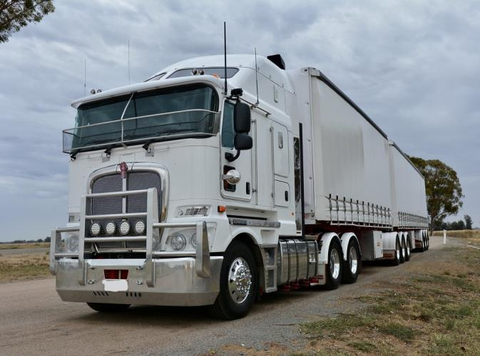MC B-DOUBLE DRIVER REQUIRED INTERSTATE WORK
