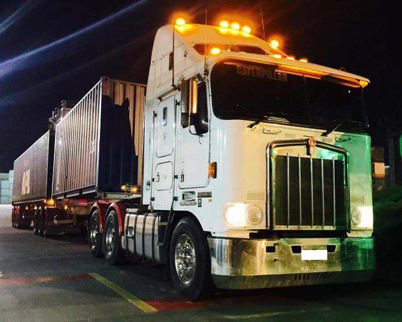 Heavy Combination Truck Drivers - Full Time