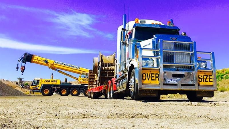 Heavy Haulage and Equipment Transport Drivers Wanted.