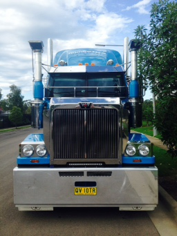 Melbourne Based Interstate B Double Driver