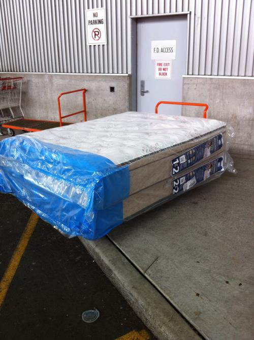 MR Driver – Mattress Deliveries $27.37 an hour
