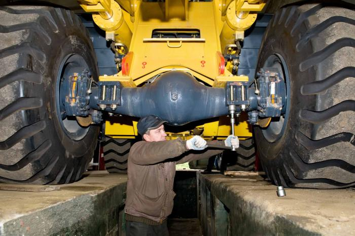 Heavy Vehicle Mechanic - Trucks and Trailers